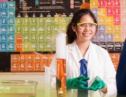 Cairns SHS: Chemieunterricht