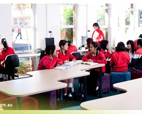 Mount Gravatt SHS: Schüler im Unterricht
