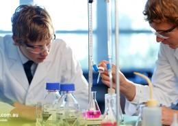 Trinity SHS: Chemieunterricht