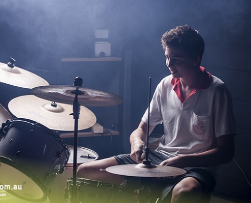 Urangan SHS: Schlagzeuger der Schulband