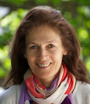 Anne Stewart, Leiterin Von Highschool Australia